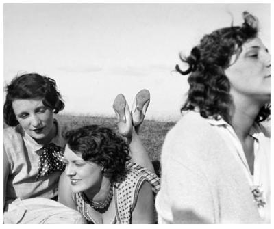Bibi, Freddy et Margot à Aix-les-Bains (1928) © Jacques Henri Lartigue / Ministère de la Culture-France